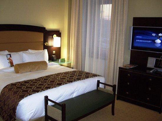 Hilton Moscow Leningradskaya: Bedroom