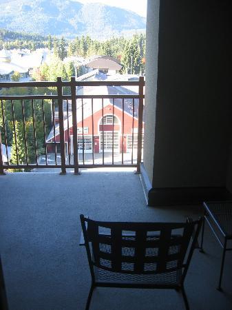 Pan Pacific Whistler Village Centre : balcony 7712