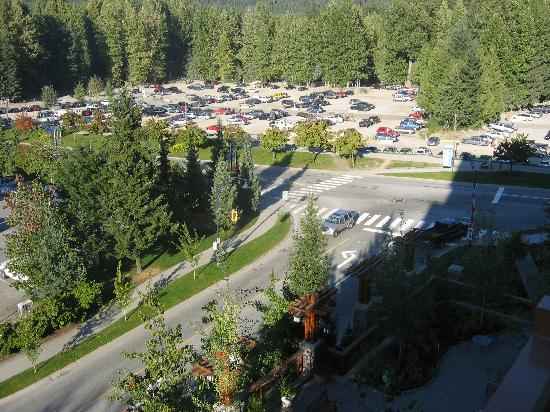 Pan Pacific Whistler Village Centre : view to right from balcony 7712