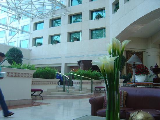 JW Marriott Hotel Quito: Lobby del Marriot en Quito