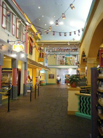 Disney S Caribbean Beach Resort Inside The Food Court Old Port Royale
