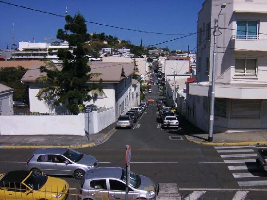 Noumea, New Caledonia: 坂は多いのですが、碁盤の目のように道が整備されています。
