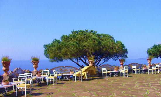Il San Pietro di Positano: The Terrace