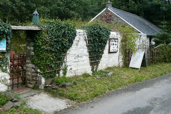 Bwlchllan, UK: the charming restaurant