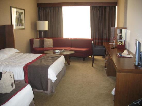 Jumeira Rotana: photo of the hotel room