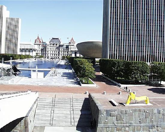 Civil Service Plaza Building