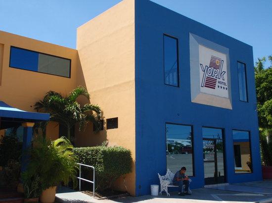 Guamuchil, México: ホテルの外観
