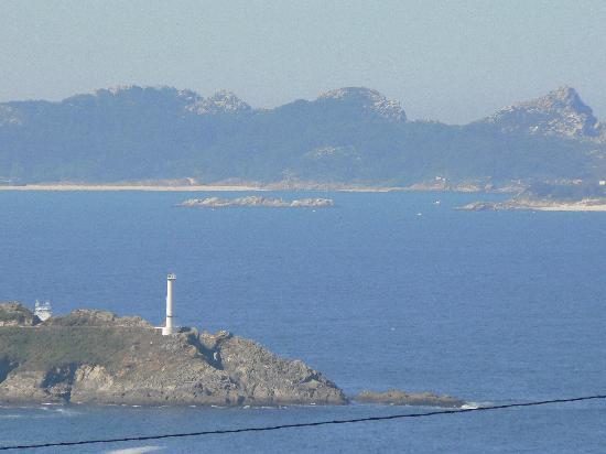 Galicia, España: Cíes Islands in Ría de Vigo at the back