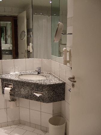 Mercure Hotel Bochum City: Bathroom