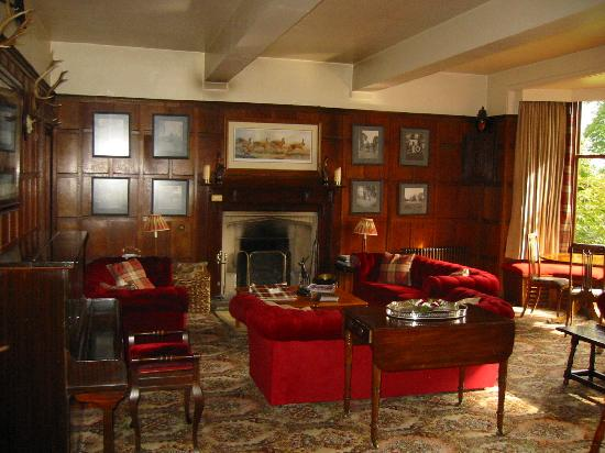 Minmore House: the lounge
