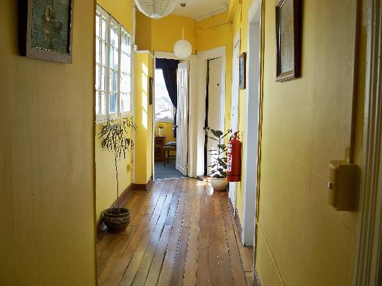 La Casa Amarilla: Linda desde la entrada
