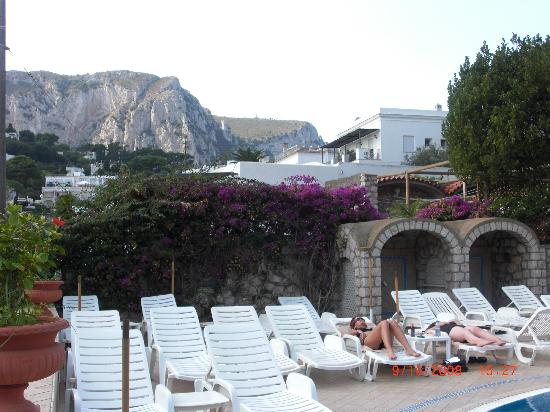 Mamela Hotel: View From Pool
