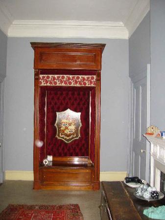"""Castle Leslie Estate: the Red Room""""s bathroom"""