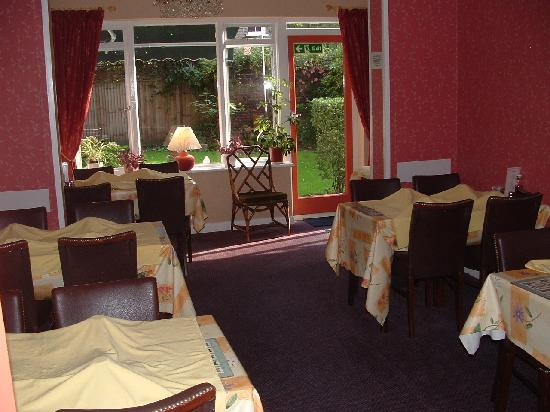 Grange Lodge Hotel: Breakfast room