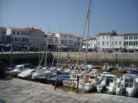 La Jolie Brise : harbour