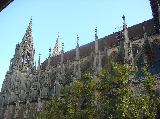 Munster Hotel: Blick aufs Münster von meinem Zimmer