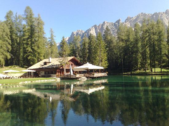 Hotel Mirage Cortina: lago vicinanze
