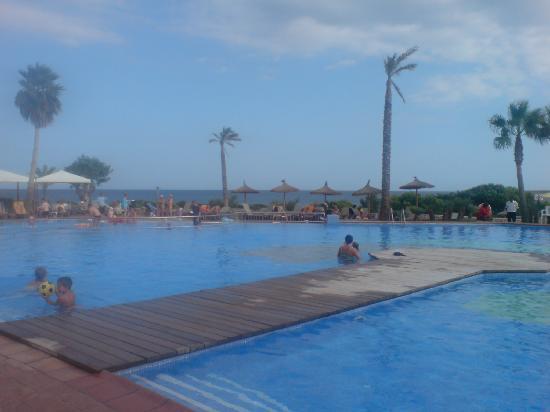 Insotel Punta Prima Resort & Spa: lower pool