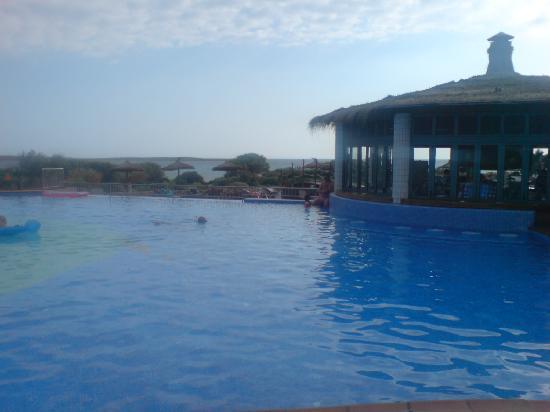 Insotel Punta Prima Resort & Spa : pool bar