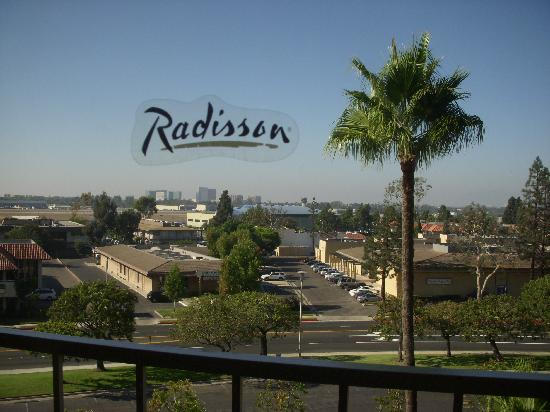 Radisson Hotel Newport Beach Photo
