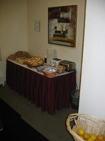 Hotel Fusion: Breakfast room