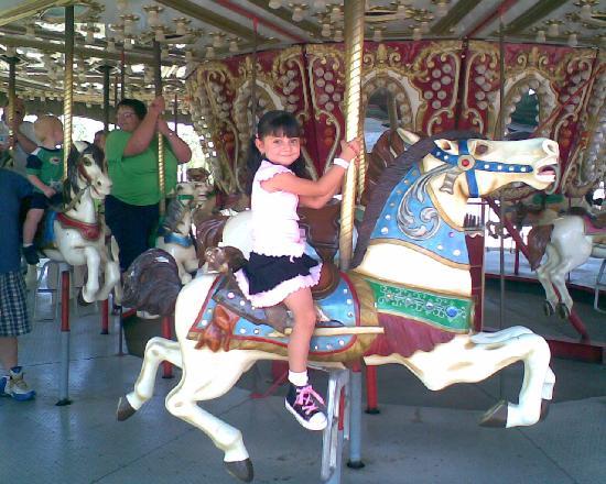 Wonderland Park: Como se pueden dar cuenta aqui la diversion es para chicos y grandes!!!