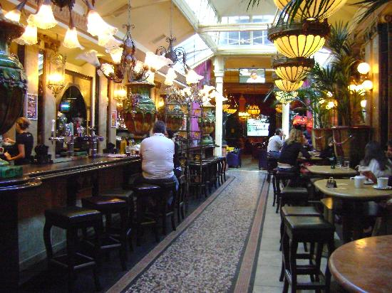 Cafe En Seine Reviews