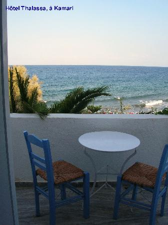 Thalassa Sea Side Resort & Suites: balcon de la chambre