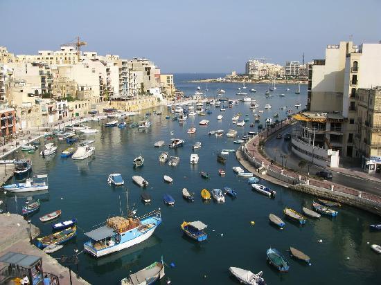 Hotel Juliani: Spinola Bay from balcony