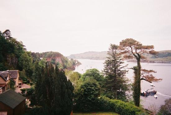 Dungallan Country House: Views from the window seat
