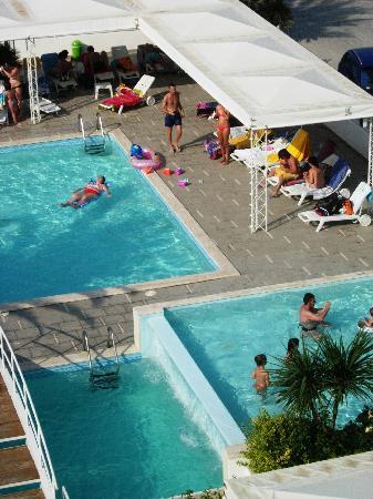 Hotel Metropol: piscine stepitose