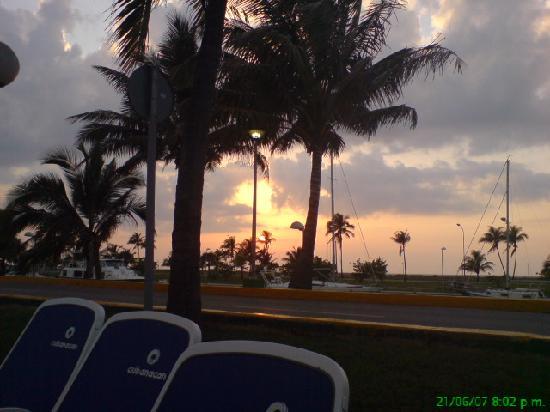 Hotel Club Acuario: Atardecer desde balcon Habitacion