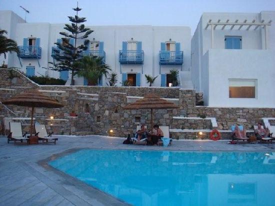 Vencia Hotel 1
