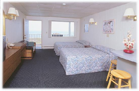Sea View Motel: Oceanfront