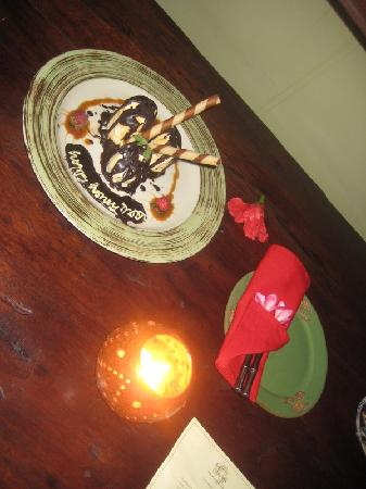 Hotel Tugu Lombok : Late night surprise in our room