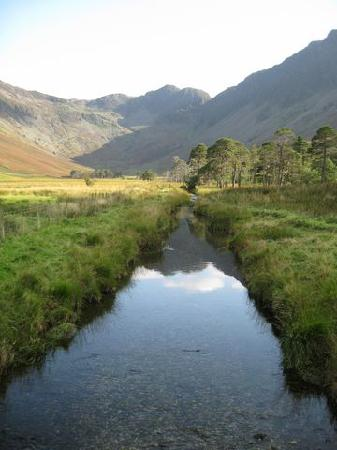 The Fish Inn: From the path arround Buttermere lake at the foot of haystacks