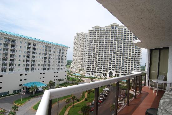 Surfside Resort: another view of our big balcony