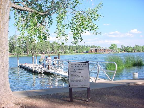 Rainbow Lake Resort: Boat Dock