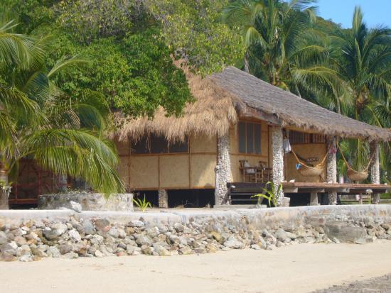 Coral Bay Beach & Dive Resort: cabin