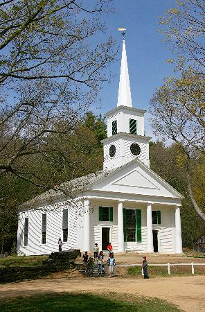 Old Sturbridge Village: Center Meeting House