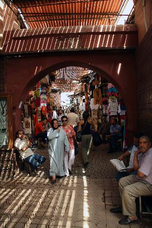 Moroccan House Hotel: The souk