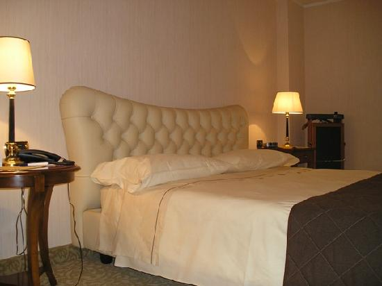BEST WESTERN Hotel Master: CAMERA SUPERIOR CON LETTO IN PELLE
