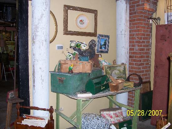 Rough and Ready Antiques: NEat StuFF