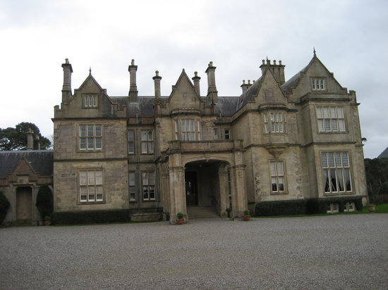 Killarney, Ireland: Muckross House
