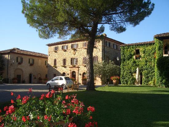Poggio Rosso: Borgo San Felice