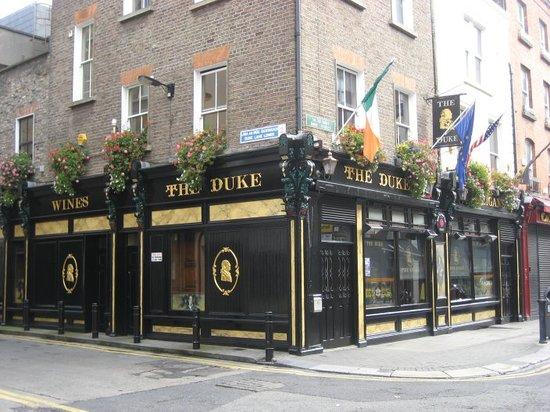 Dublin Literary Pub Crawl : The Duke (meeting spot)