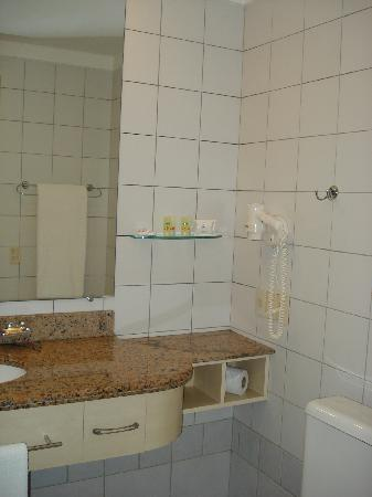 Jurerê Beach Village: Bathroom