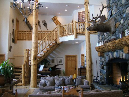 Black Bear Lodge: Main area