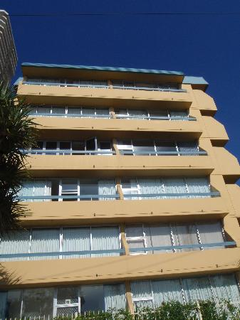 Hi Ho Beach Apartments: The sea front view of the building