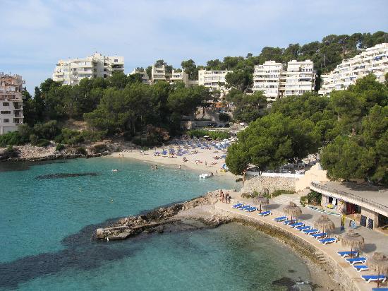 Muere un hombre de 52 años ahogado en la playa de Illetes